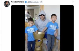ドネアと息子2人がアリトロフィーを前に井上に感謝を述べる@filipinoflash